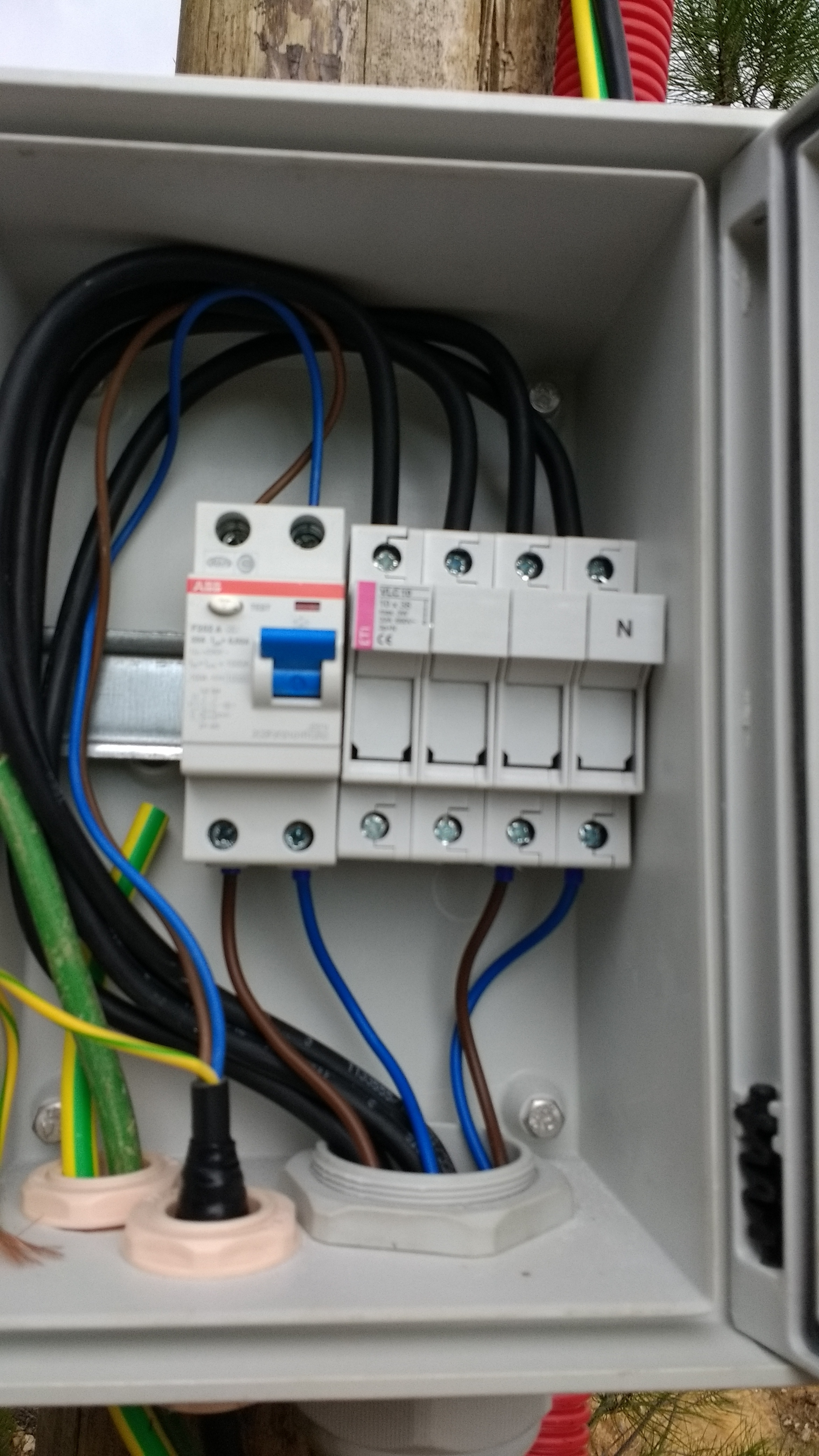 Attractive Breaker Boxes Explained Crest - The Best Electrical ...
